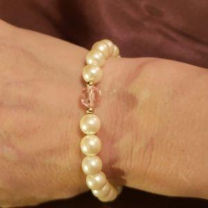 Jewelry - FAUX PEARL & PINK BEAD BRACELET